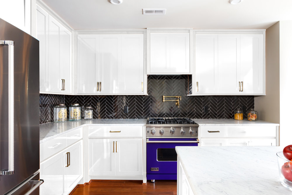 Unit 3 6 9_White Kitchen_View2.jpg