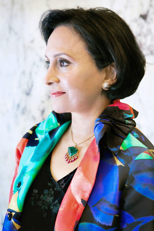 Deepa-(Author-Portrait)-B-1.jpg