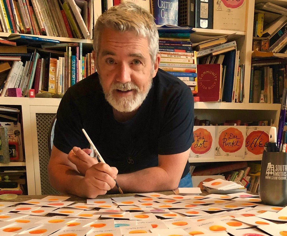 Peter Reynolds author photo NEW_credit Paul Reynolds.JPG