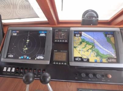 52 Offshore 2000-11.jpg