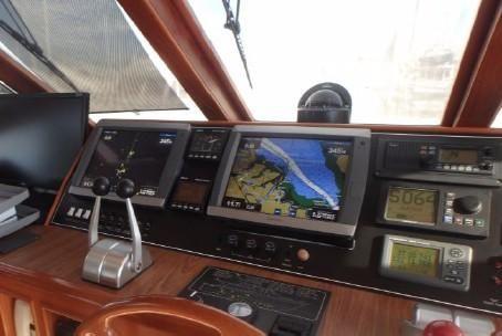 52 Offshore 2000-10.jpg