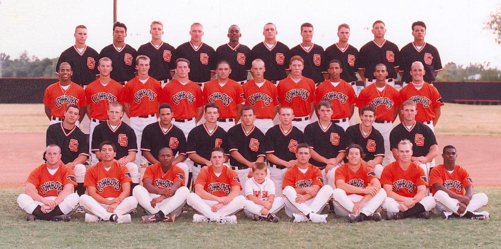 Baseball team 1999-00.jpg