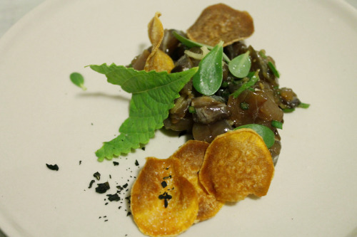 bluefish tartare yucca chips wakame