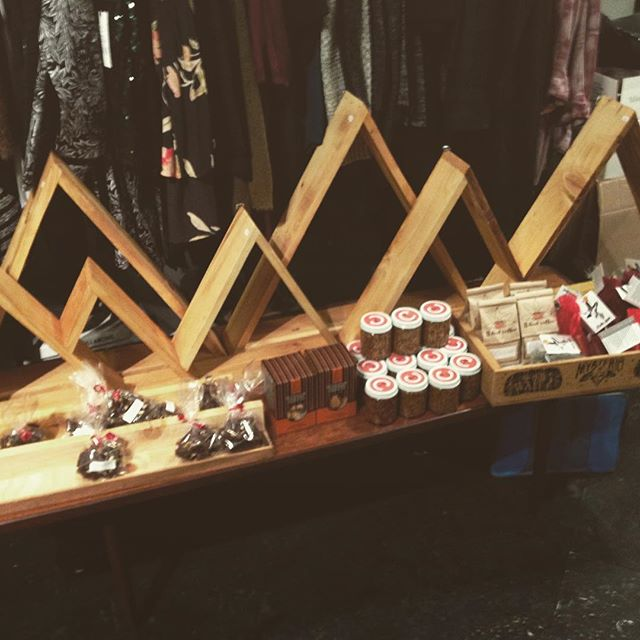 Posted up at the @cultivatefestival pop up at @faunboutique! We're here til 9!