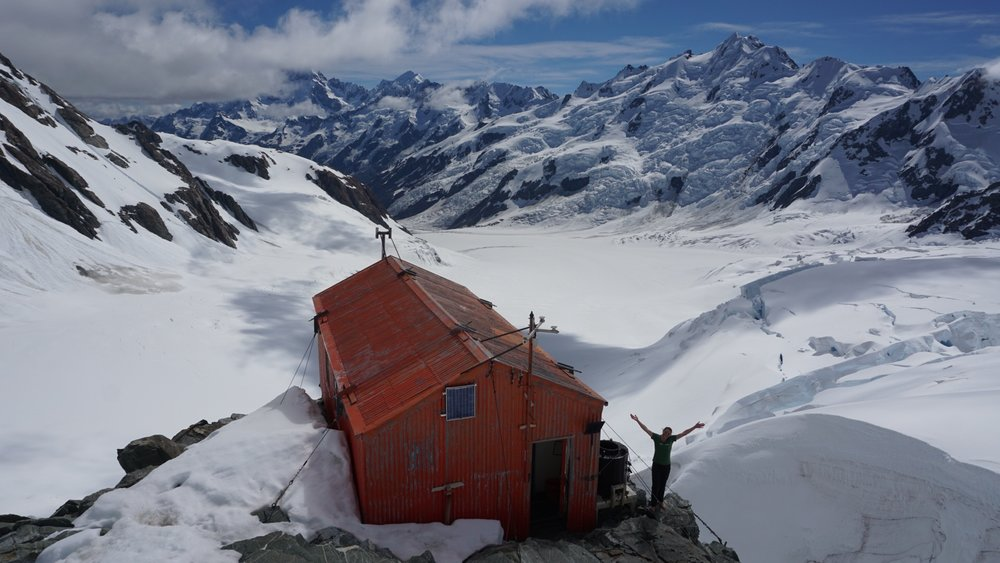 Beaut weather at Tasman Saddle Hut. Mt Cook (under cloud), Tasman and Minarets in the background.