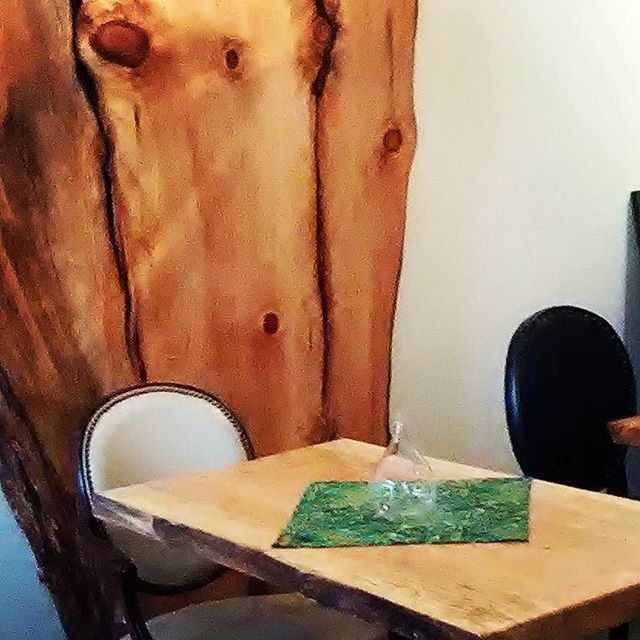 We've saved you a seat next to our live-edge wood slab wall! Join us for dinner! . . .  #isthisseattaken #throne #yourthroneawaits #liveedge #liveedgetable #liveedgewood #woodwork #aseatinthegarden #shaw #shawneighborhood #southgrand #southgrandstl #sgrand #stl #stlouis
