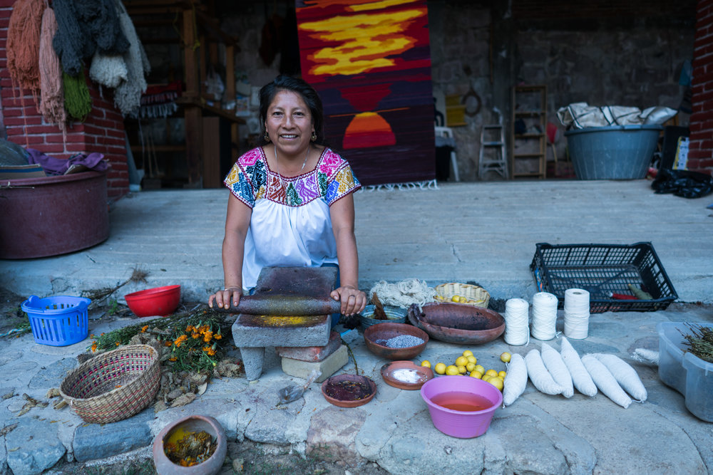 Lourdes, a Zapotec weaver (Oaxaca)