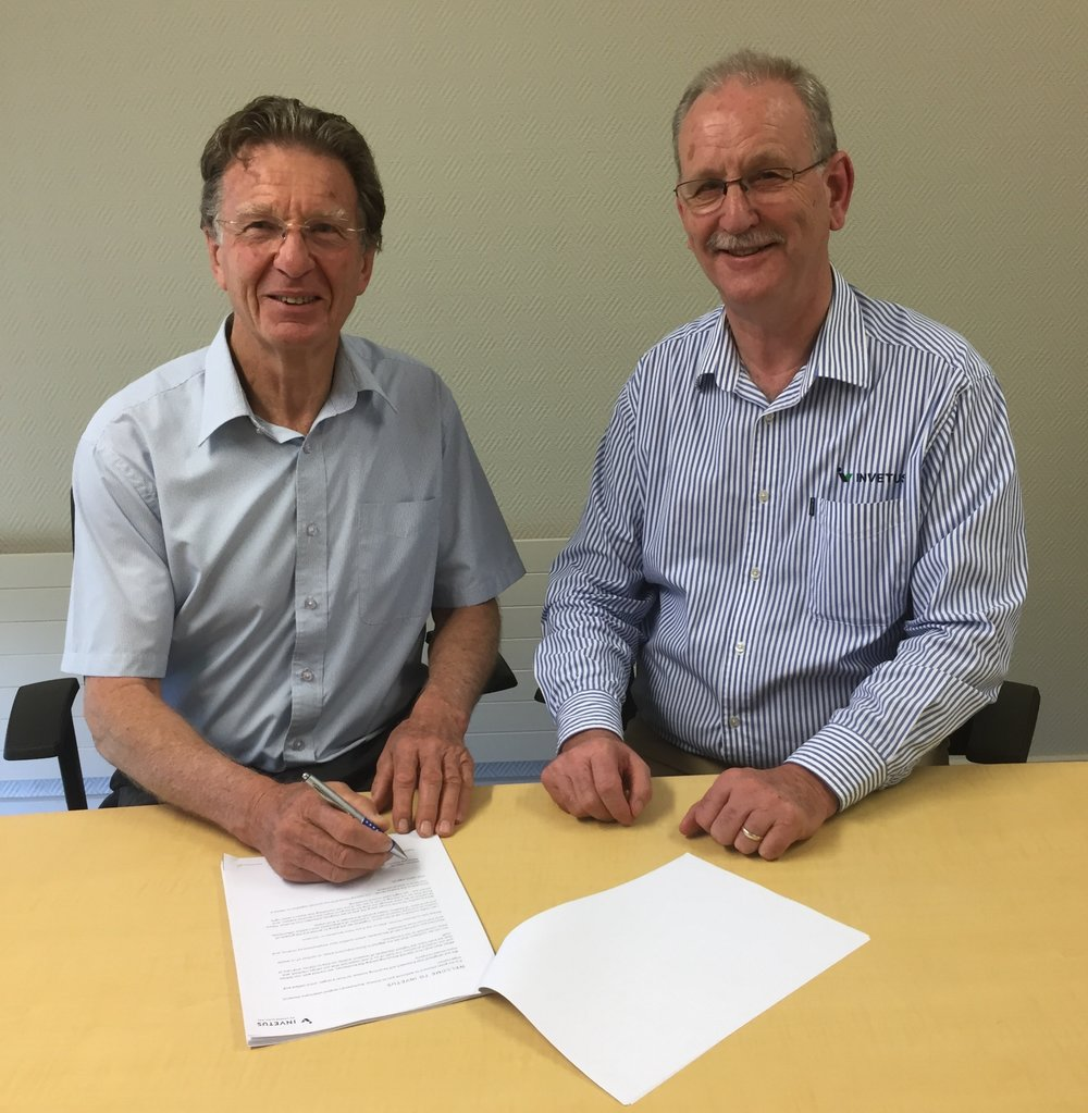 Dr Alan Alexander (L) and Dr Maurice Webster (R) at the Estendart Research Centre offices in Palmerston North
