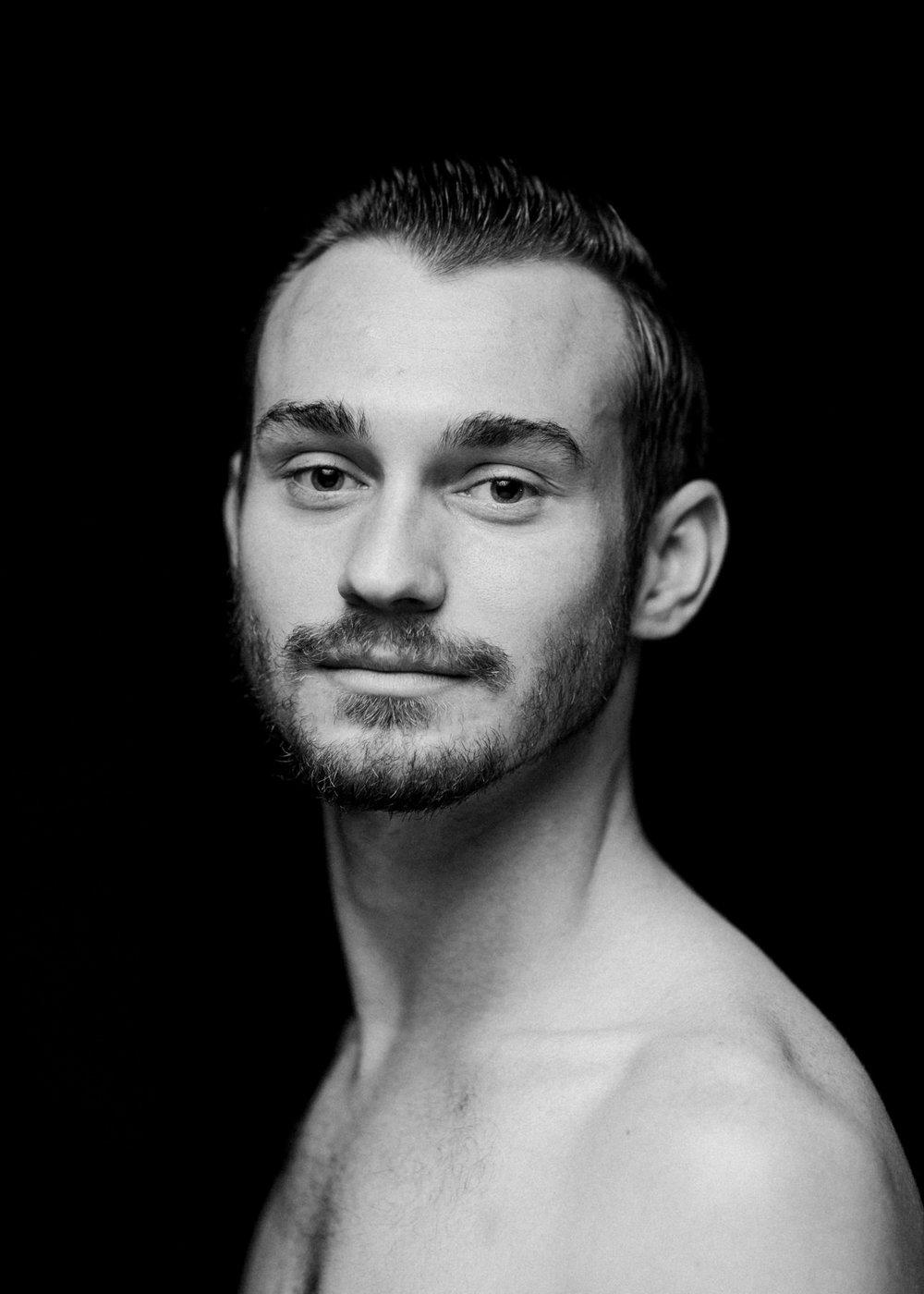 Zachary-Gauthier_California-Ballet_Photo-By-SocietyHouseStudio-1335.jpg