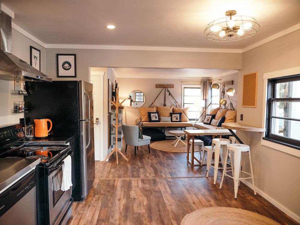 hostel interior with kitchen at loge leavenworth