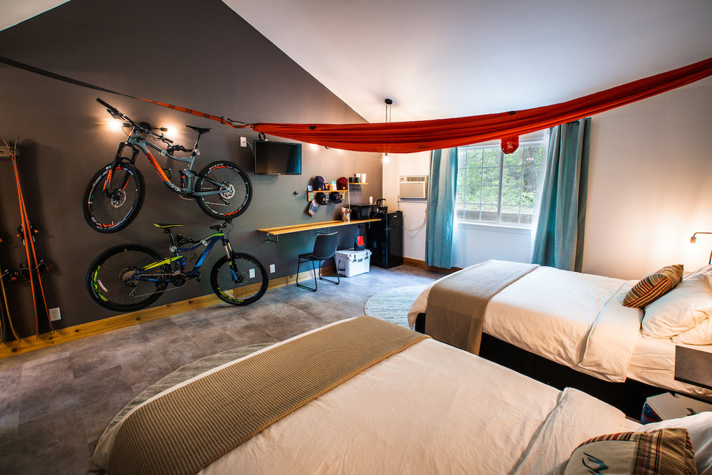 Now Available To Book For Summer!   NEW! LOGE MT SHASTA    20% off When You Book For Summer! Code: GOLOGE20