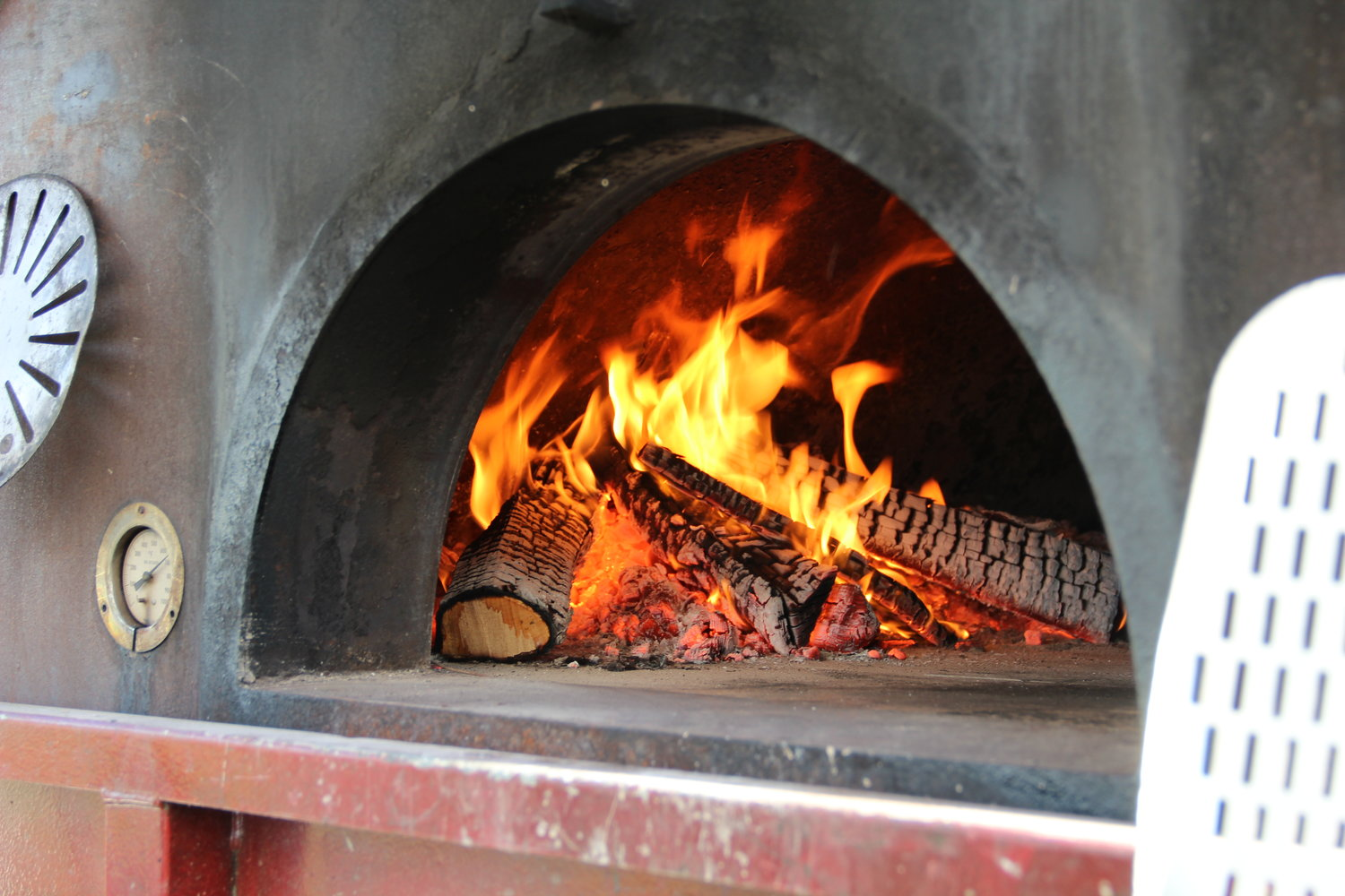 f0a8b323d9 Buy Custom Built Mobile Wood Fired Pizza Trailer Oven Start a Catering  Business.JPG