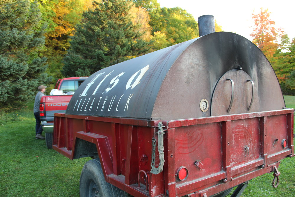 Used Pizza Ovens For Sale >> Wood Fired Mobile Pizza Ovens For Sale Cross Country