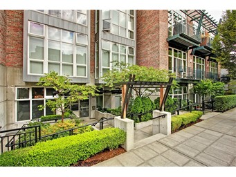 1812 19th Ave #212, Seattle   $426,000