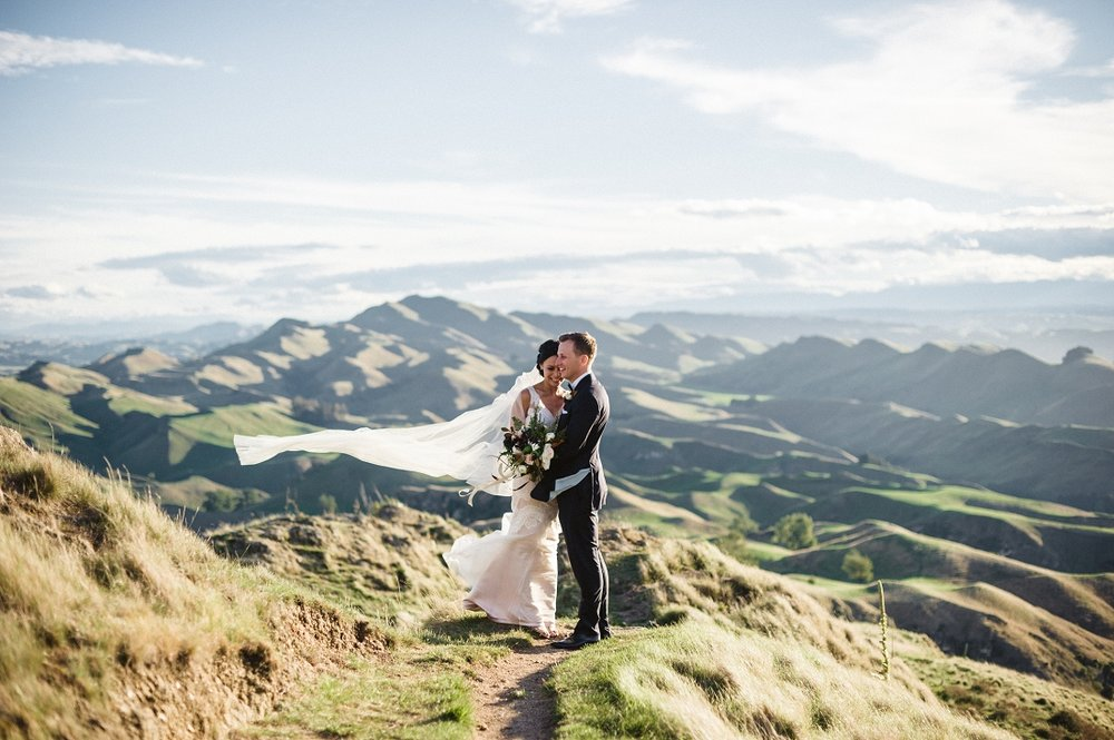 Melissa and Todd, hawks bay nz, photo by Meredith lord photography