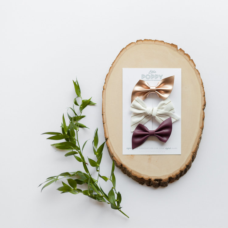Here's another look at September bows and if you haven't already subscribed you CAN'T miss out on this month's bows! Rose gold and plum genuine leather with a cornstalk stripe linen poppy are too perfect! Subscribe here:  https://littlepoppyco.com/subscribe_start