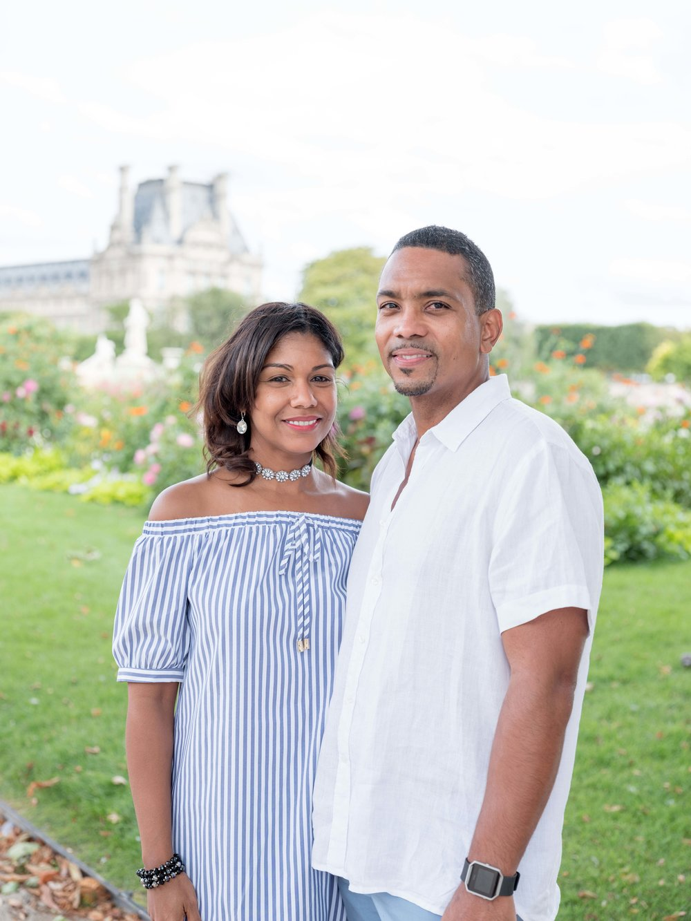 gregory & katiana - Celebrating their 24th wedding anniversary, it was such a pleasure to spend a Sunday afternoon in Paris with this beautiful couple from Miami. I was so happy to show them a bit of Paris and capture their love story to cherish forever!See more images here