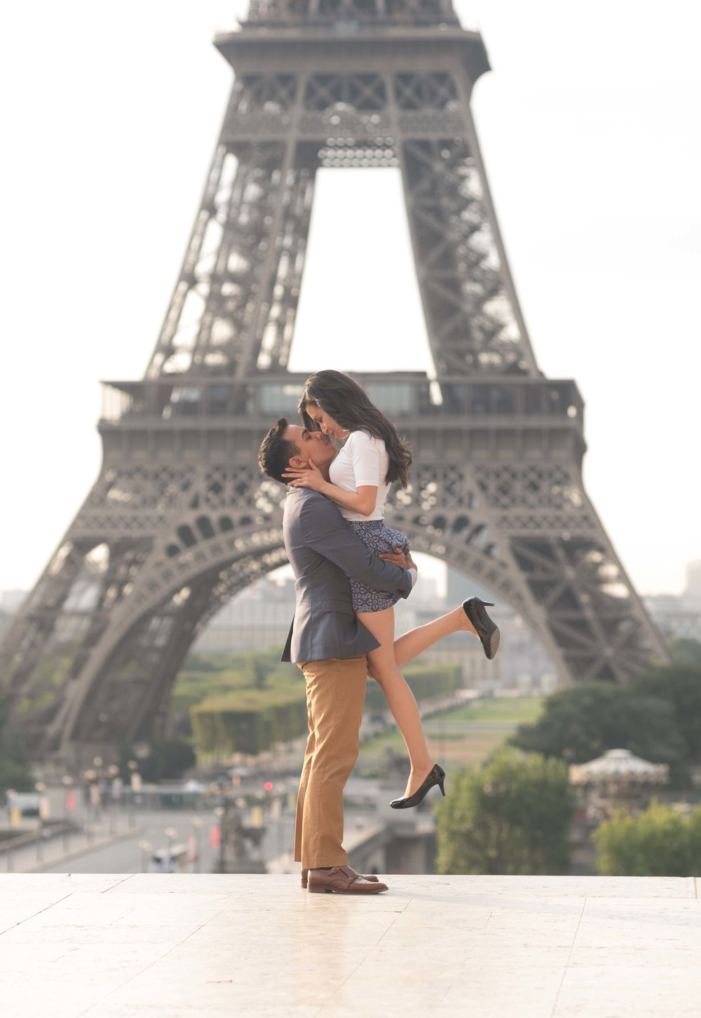 Surprise proposal in front of Eiffel Tower