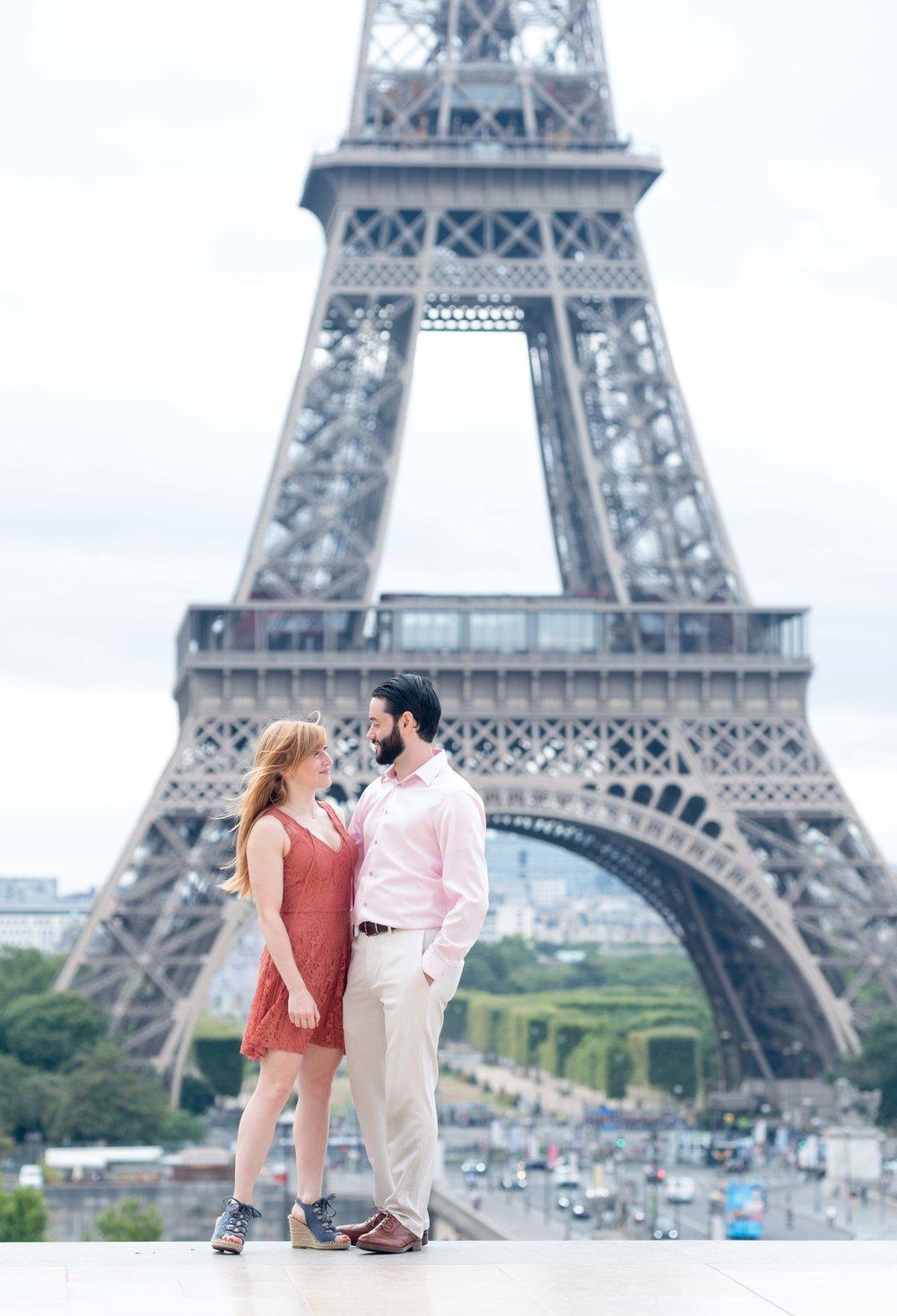 paris proposal at eiffel tower