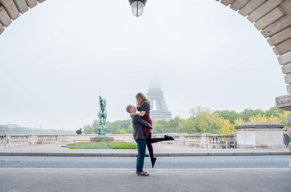 romantic paris photo shoot