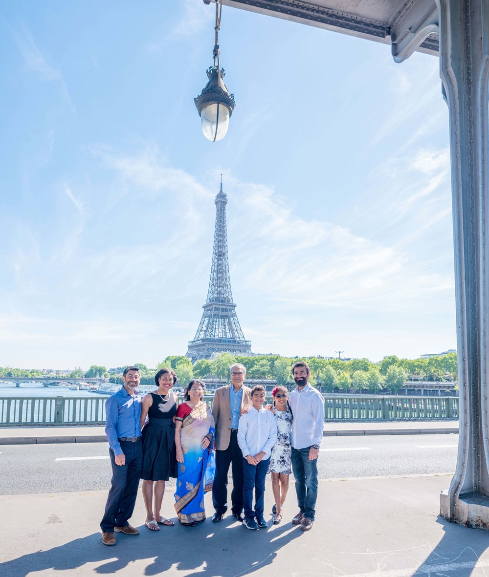 family photography session in paris