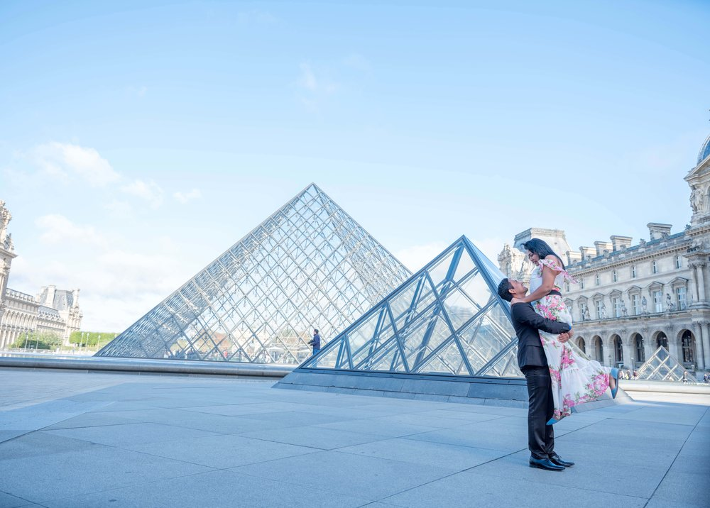Louvre    The architecture of the Louvre defines classic elegance with a modern twist.