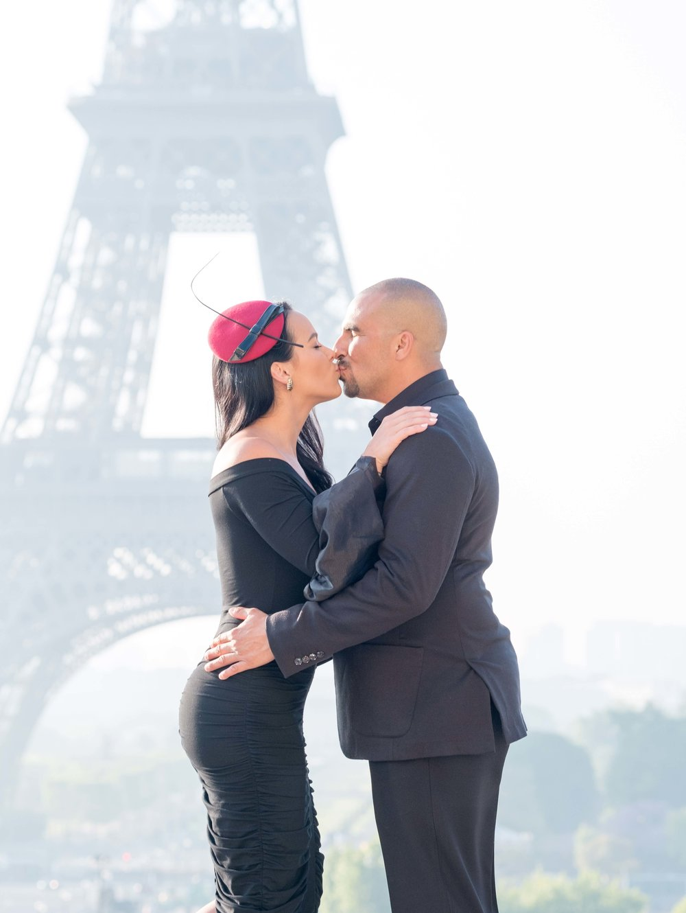 picture me paris 1 hour photo session - ❀ Choose from 1 Paris location like the Eiffel Tower, Louvre or Montmartre❀ Perfect for couples, families, groups & individuals❀You'll receive priceless images of your time in Paris, images you'll look back on for a lifetime.