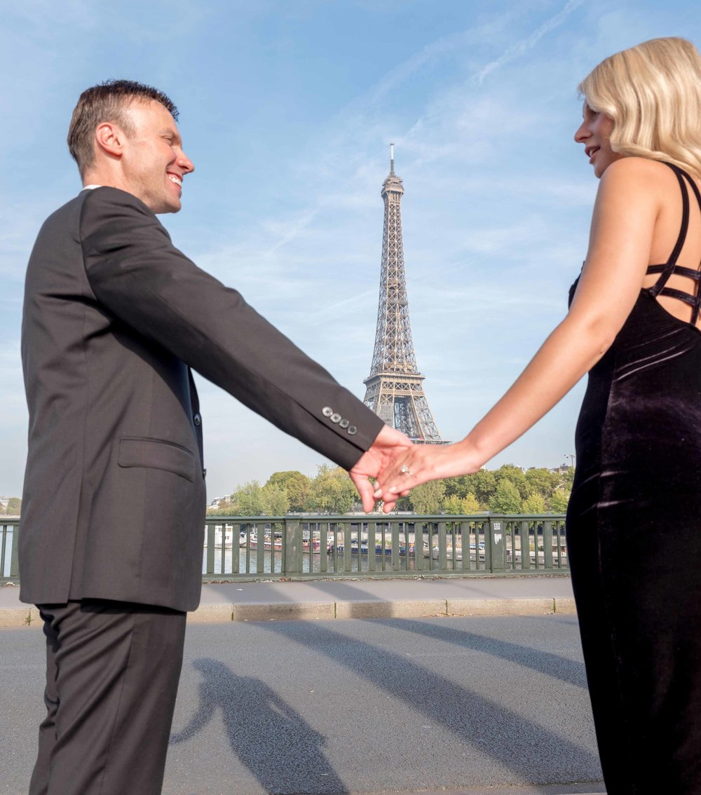surprise proposal at the Eiffel Tower in Paris