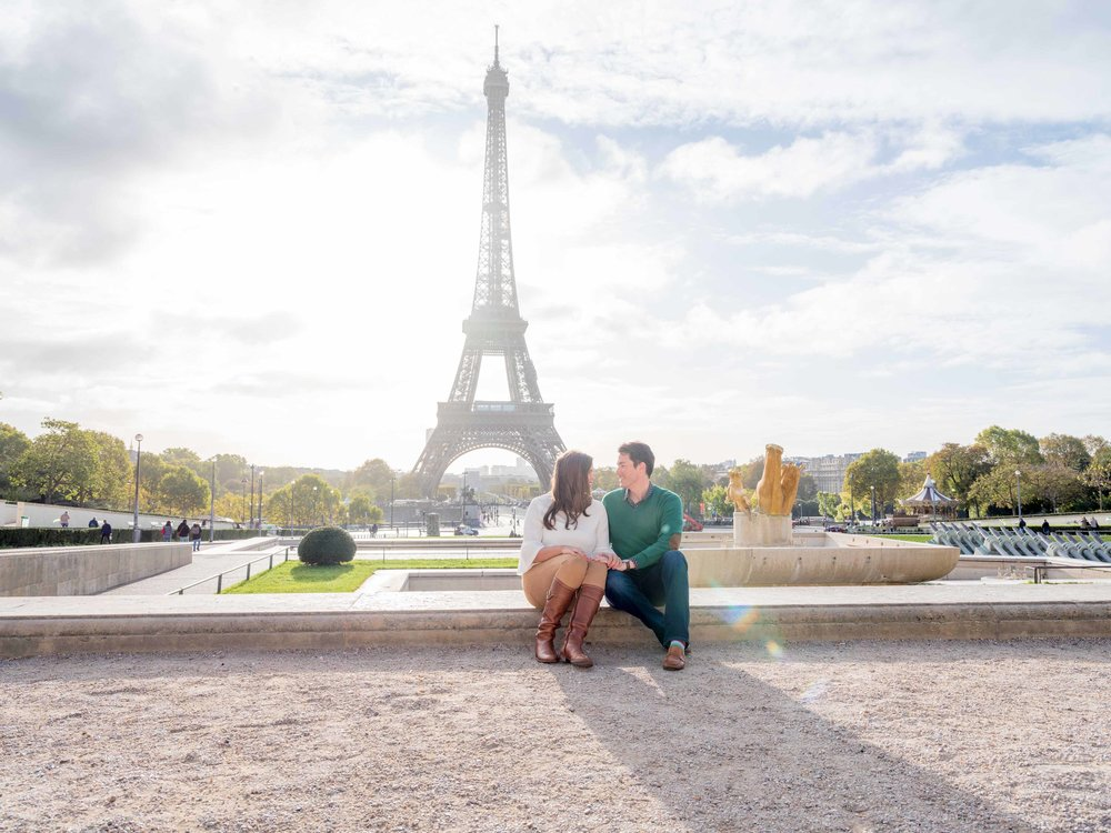 anniversary couple at eiffel tower paris
