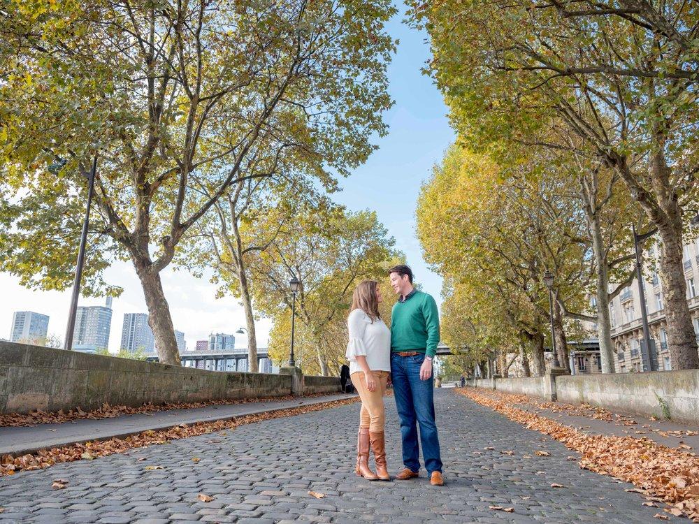 autumn in paris couple in love