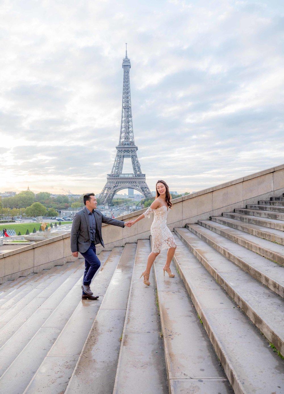 couples photography eiffel tower paris