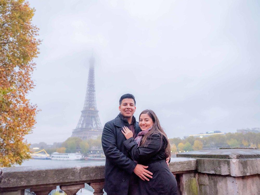 romantic engagement session overlooking eiffel tower paris