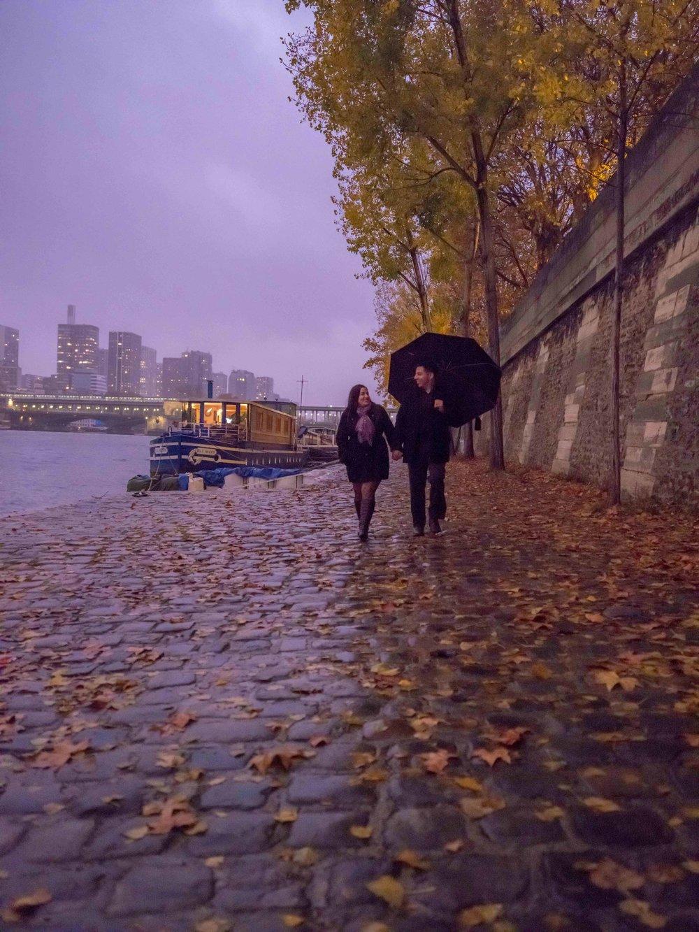 romantic rainy walk in paris france