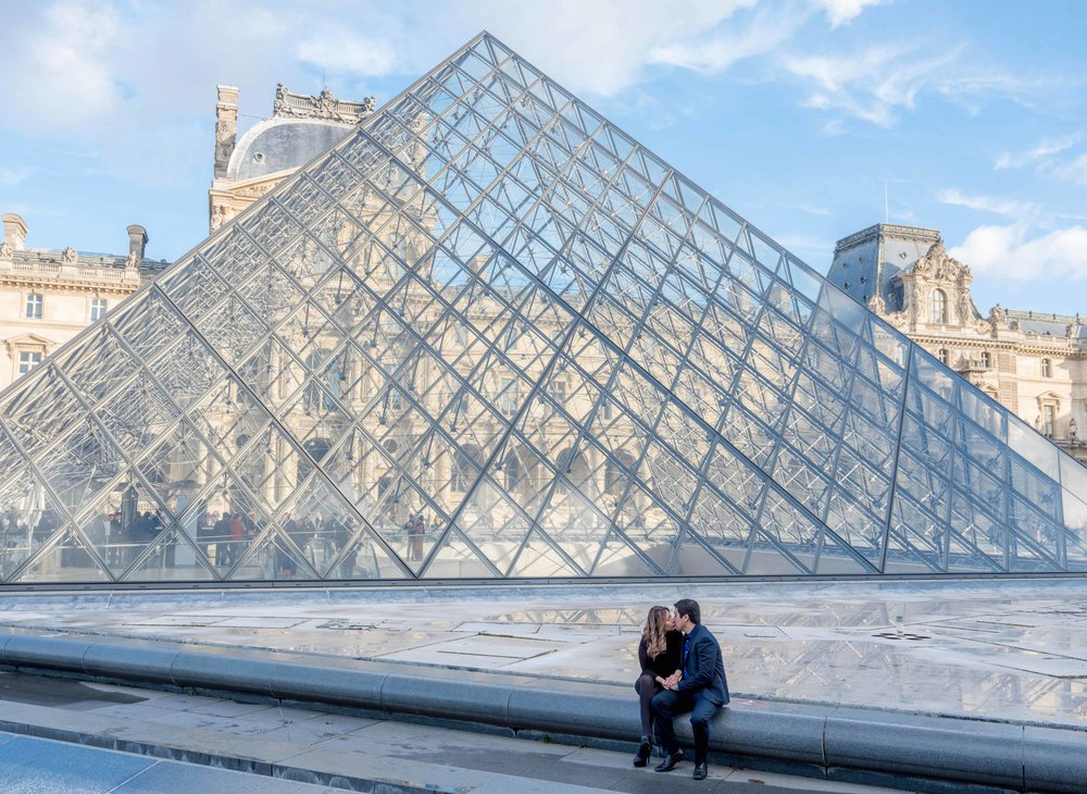 romantic engagement photo shoot at the louvre in paris