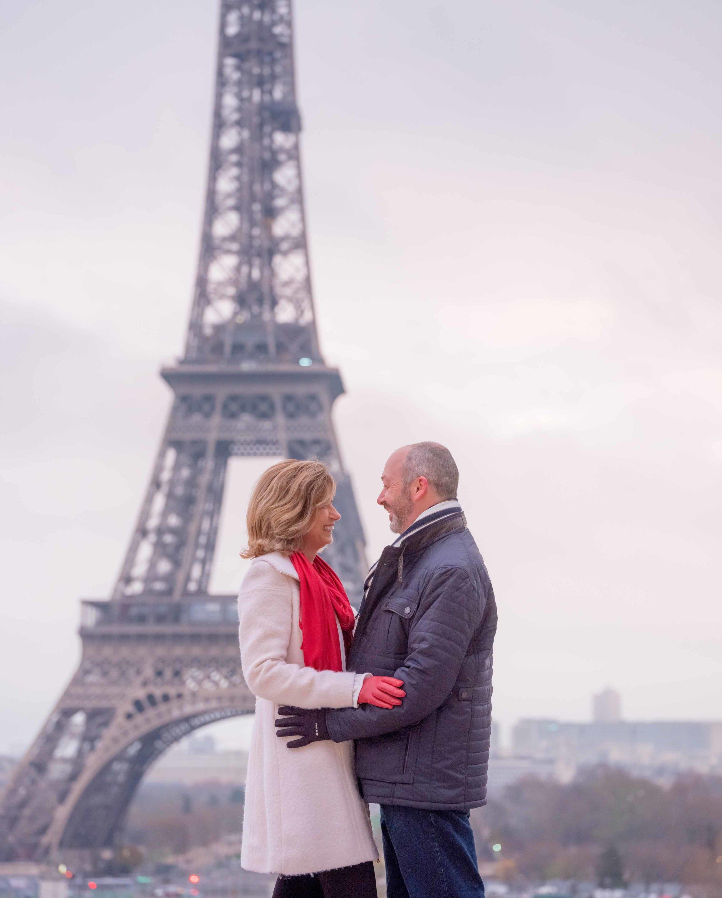 Paris Eiffel Tower love story