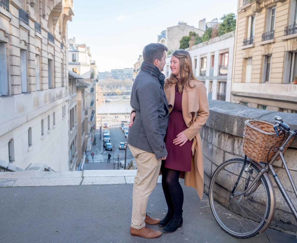newly engaged couple in paris