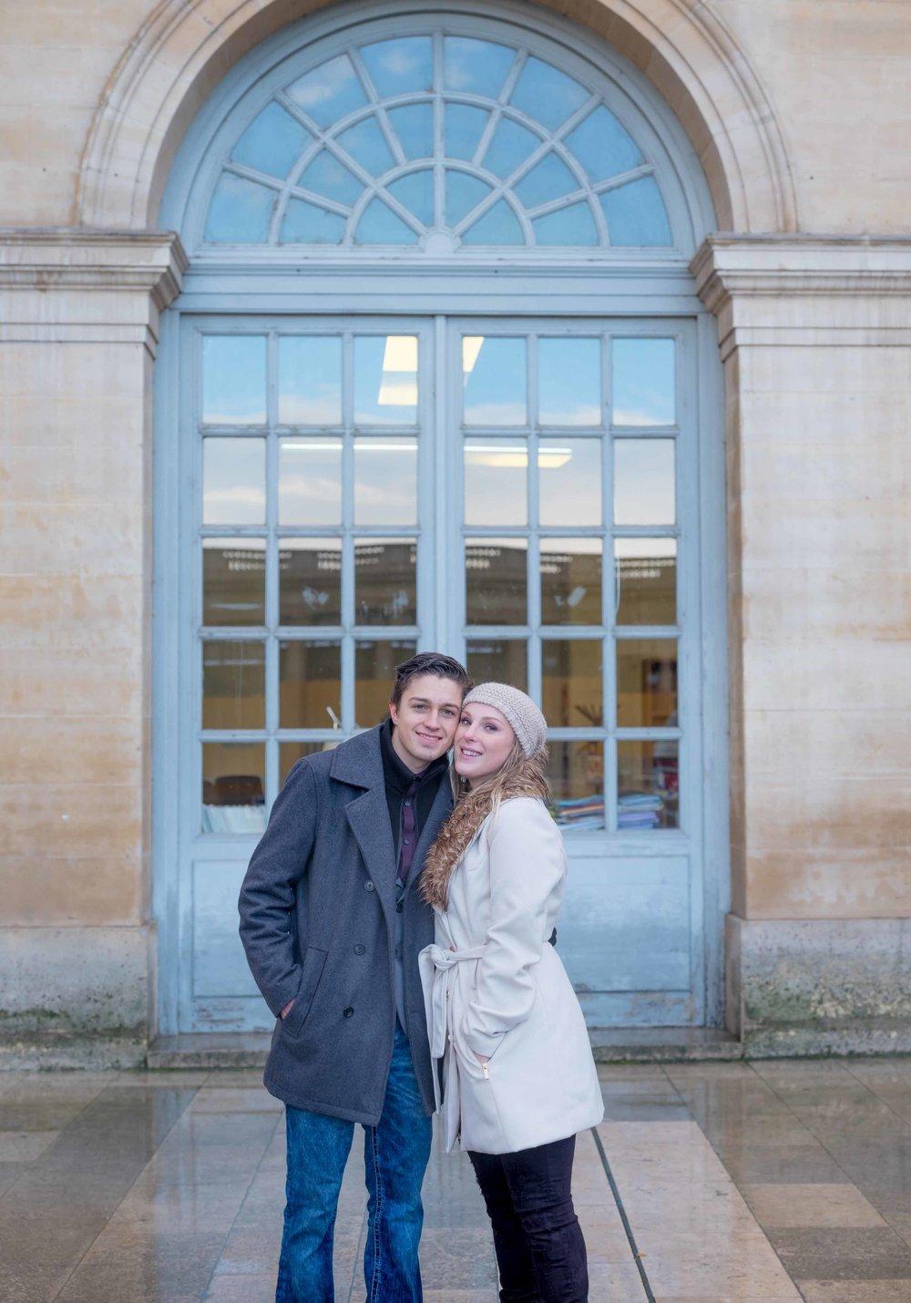 surprise proposal photo session louvre museum paris france