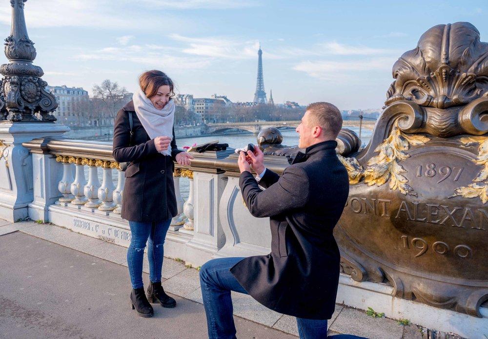 paris surprise proposal pont alexandre bridge