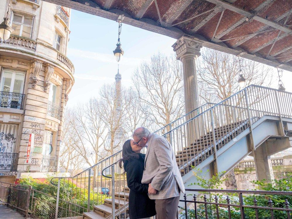 paris couples photography eiffel tower paris