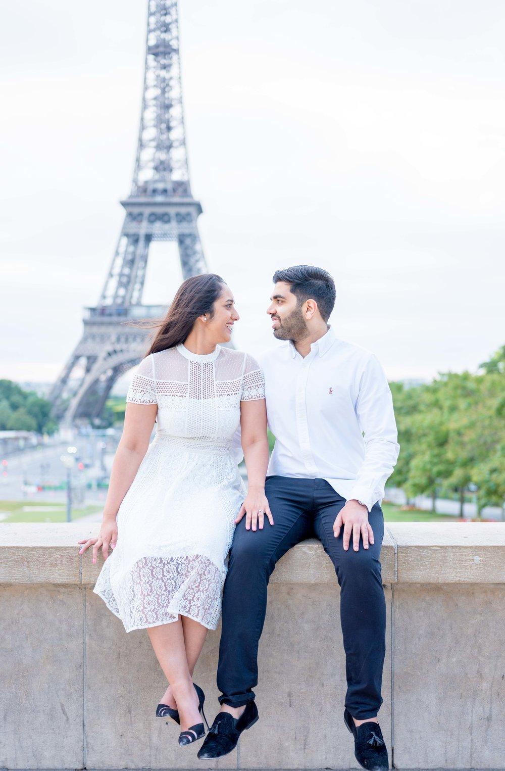 beautiful white themed paris couples photo session picture me paris. Black Bedroom Furniture Sets. Home Design Ideas