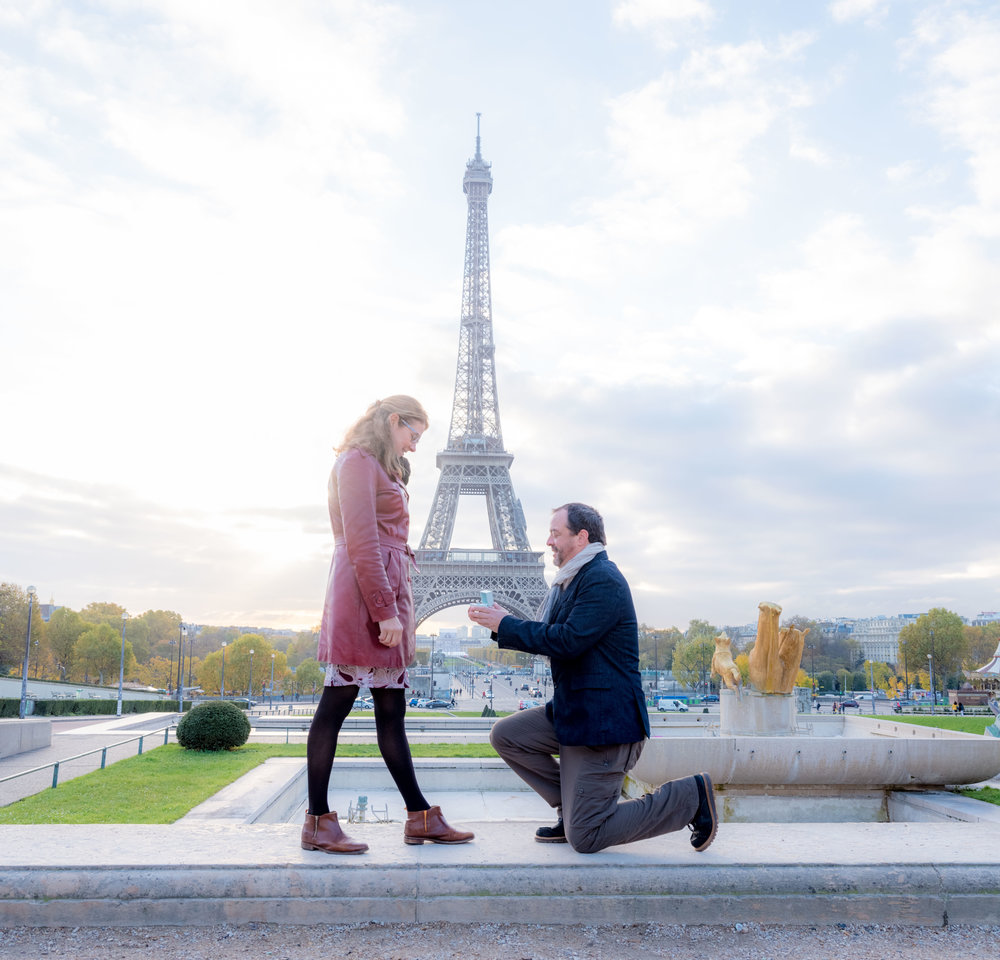 paris surprise proposal at the eiffel tower paris france