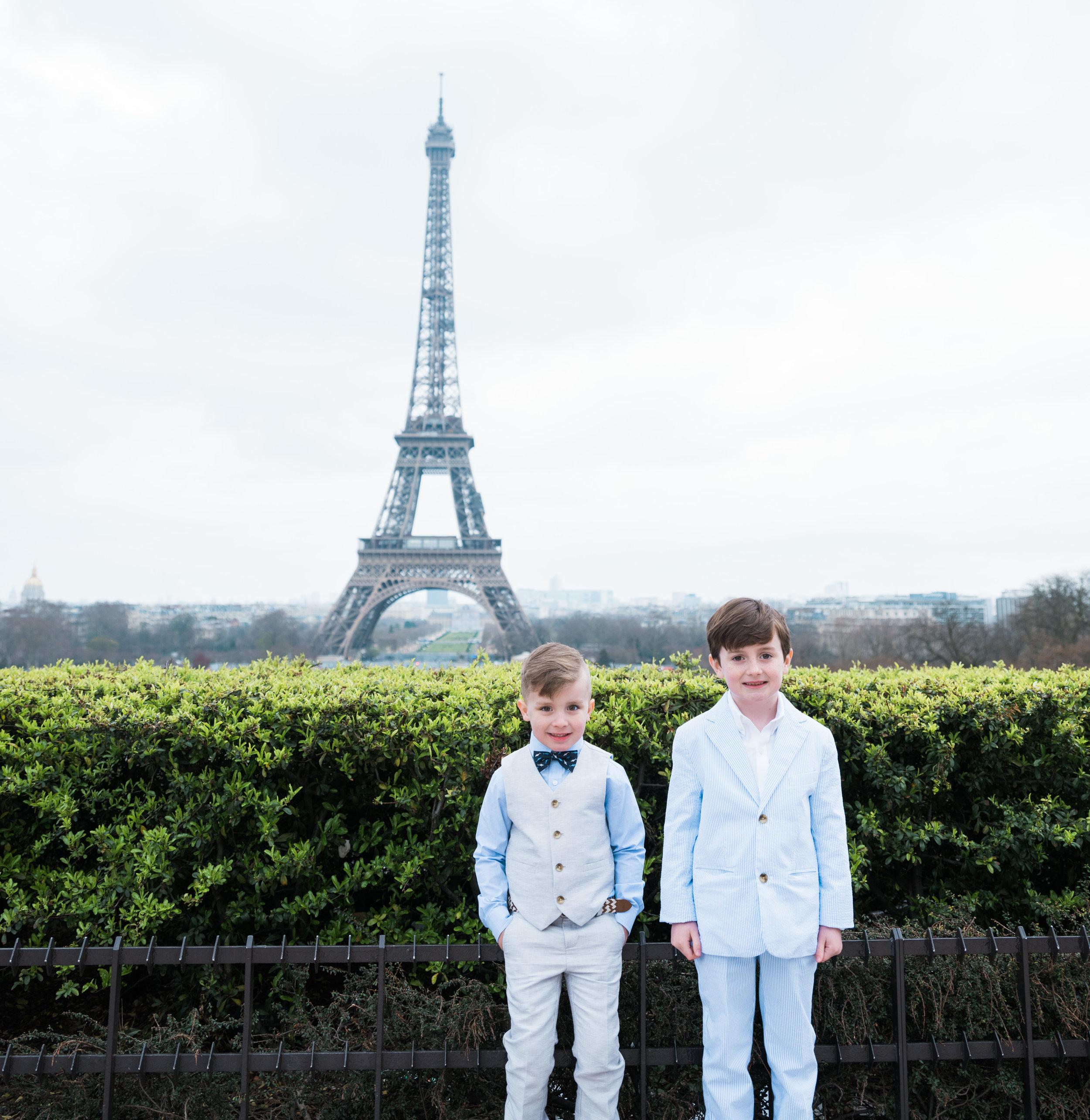 Fun family Easter photo shoot at the Eiffel Tower  | Paris family photographer