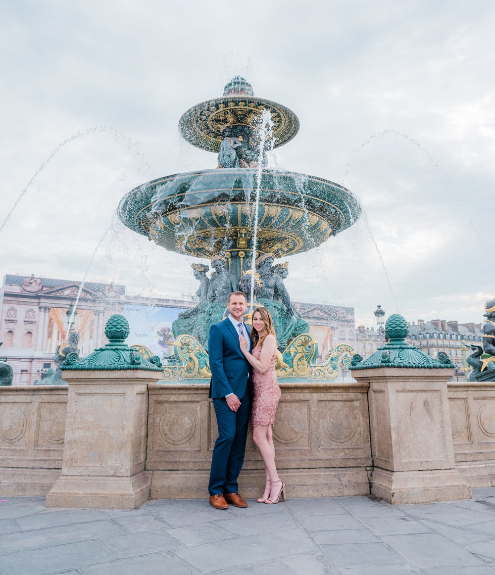 romantic spring engagement photo session in paris with a couple in love at place de la concorde