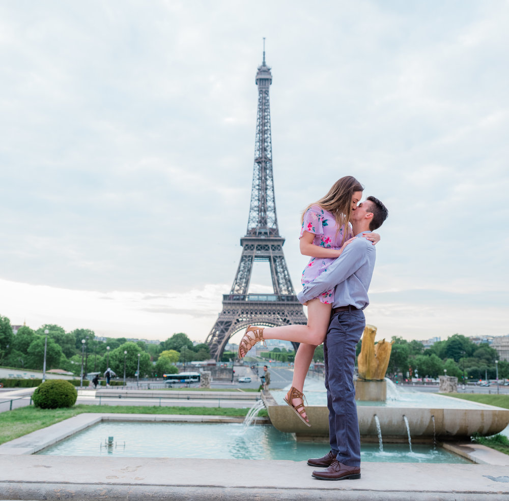 a romantic dreamy early morning honeymoon photo shoot at the eiffel tower trocadero