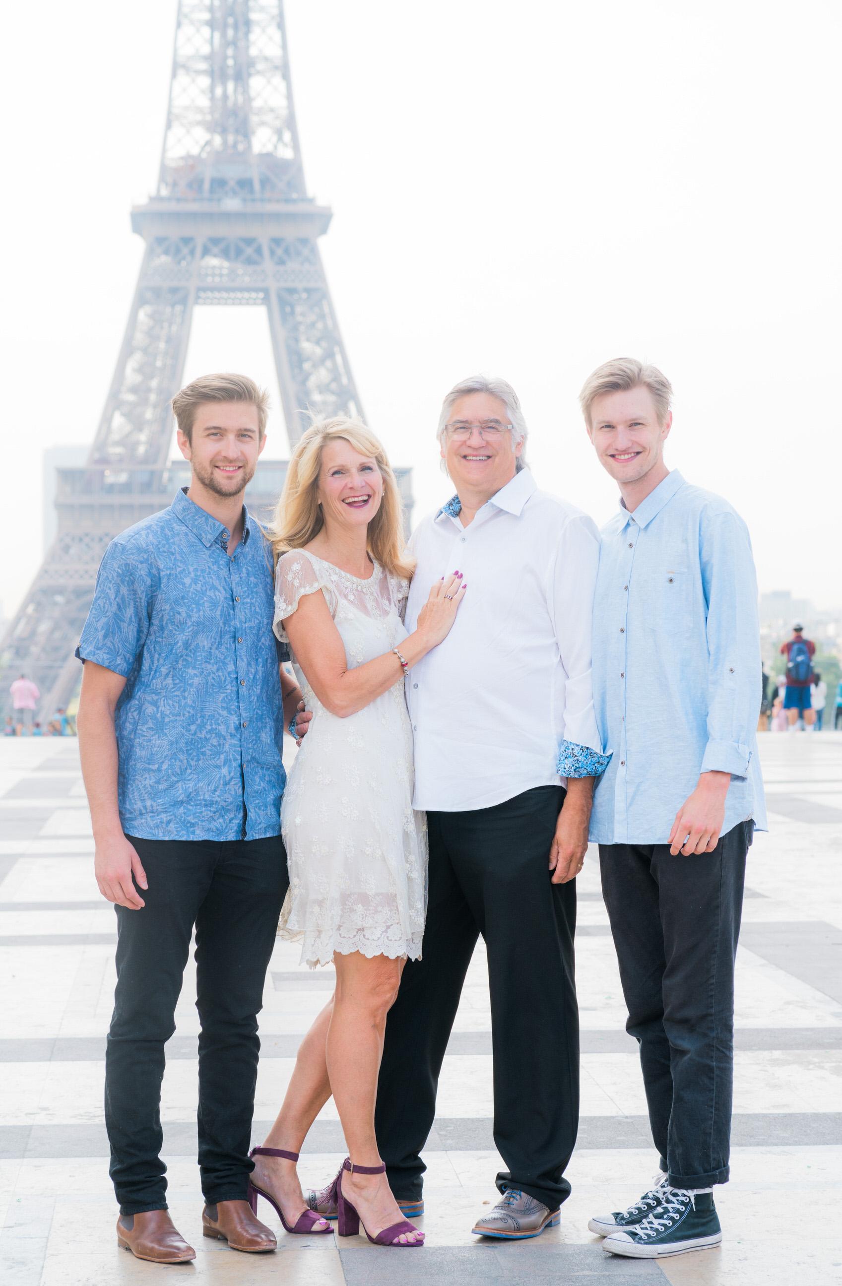 Cool family from Canada Parisian photo shoot