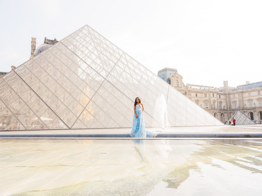 gorgeous quinceanera photo shoot in paris france at the louvre museum