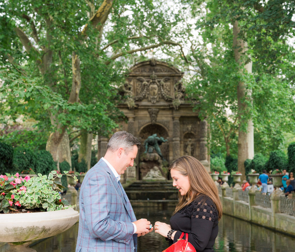touching surprise proposal luxembourg gardens paris