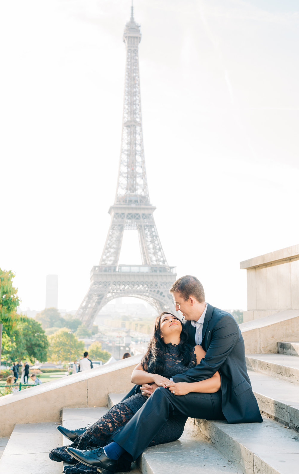 romantic eiffel tower anniversary photo shoot at the eiffel tower in paris