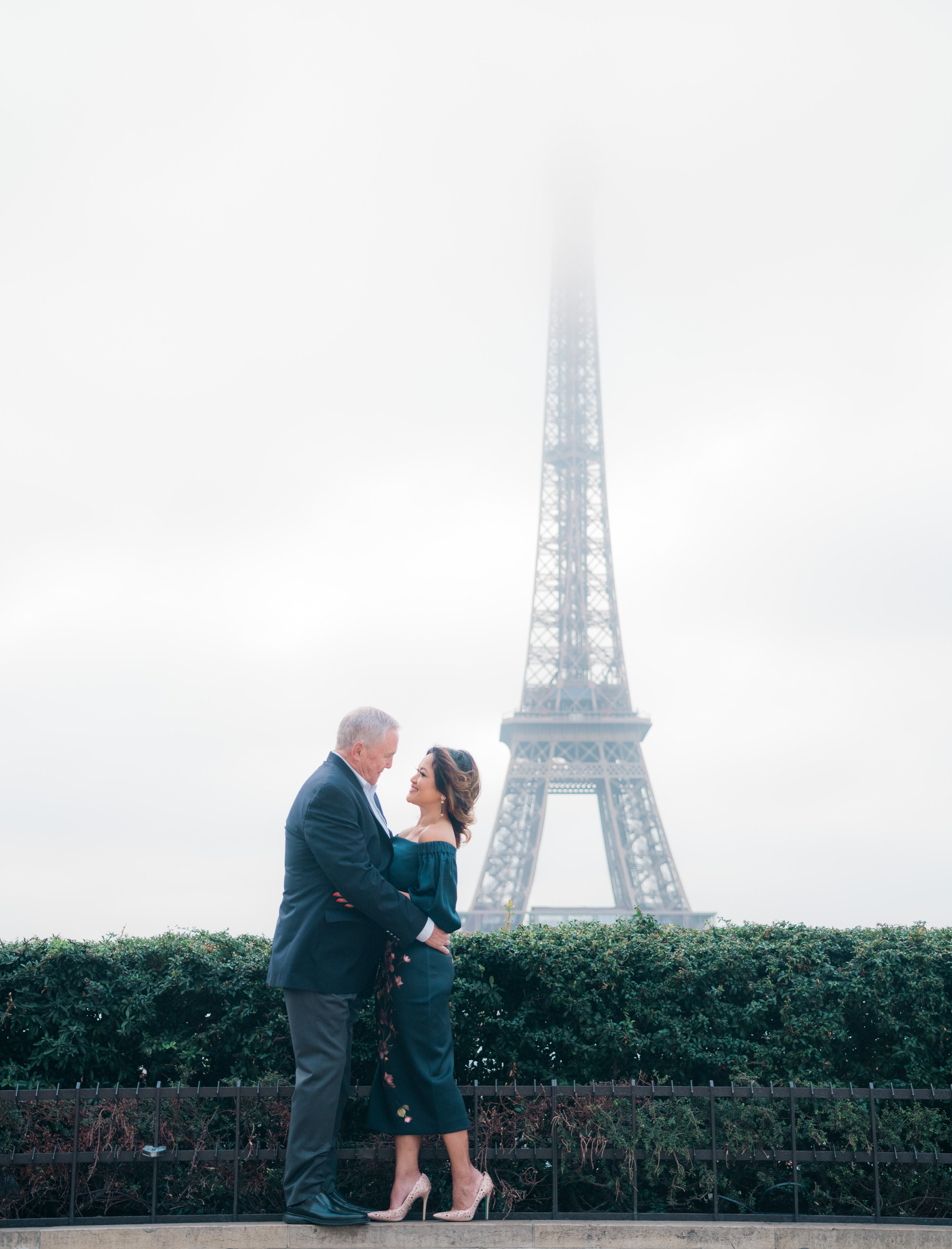 Celebrating a 10 year wedding anniversary in Paris style