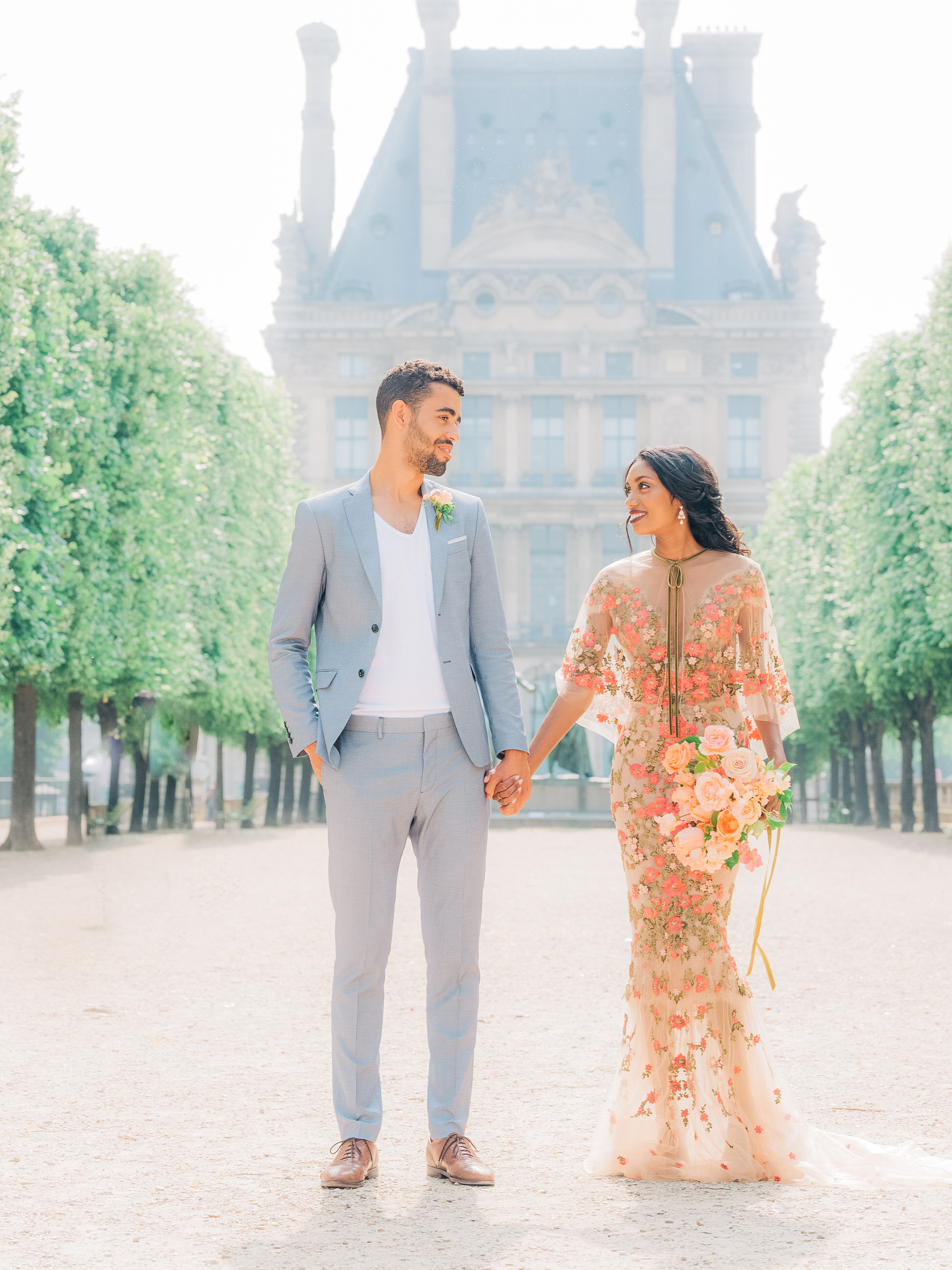 Gorgeous elopement shoot in the Tuileries Gardens
